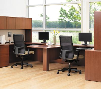 Почему выбирают изготовленную на заказ офисную мебель
